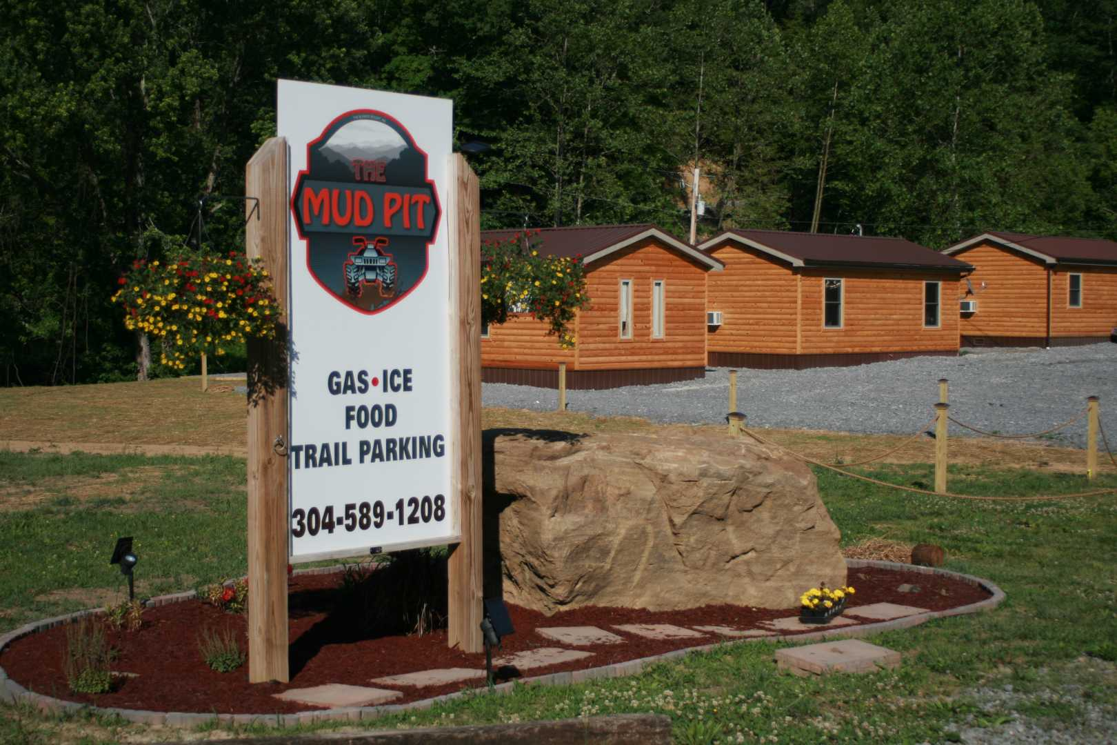 The Mud Pit Lodging Listing Photo
